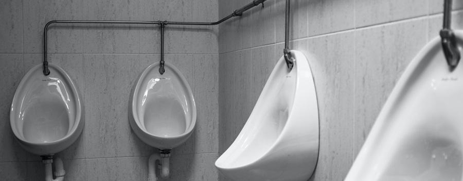 Pissoir Herrentoilette haeufiger Harndrang